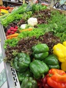 Kauf von Paprikaschoten im Supermarkt