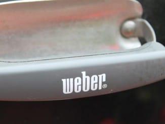 Weber Logo am Griff
